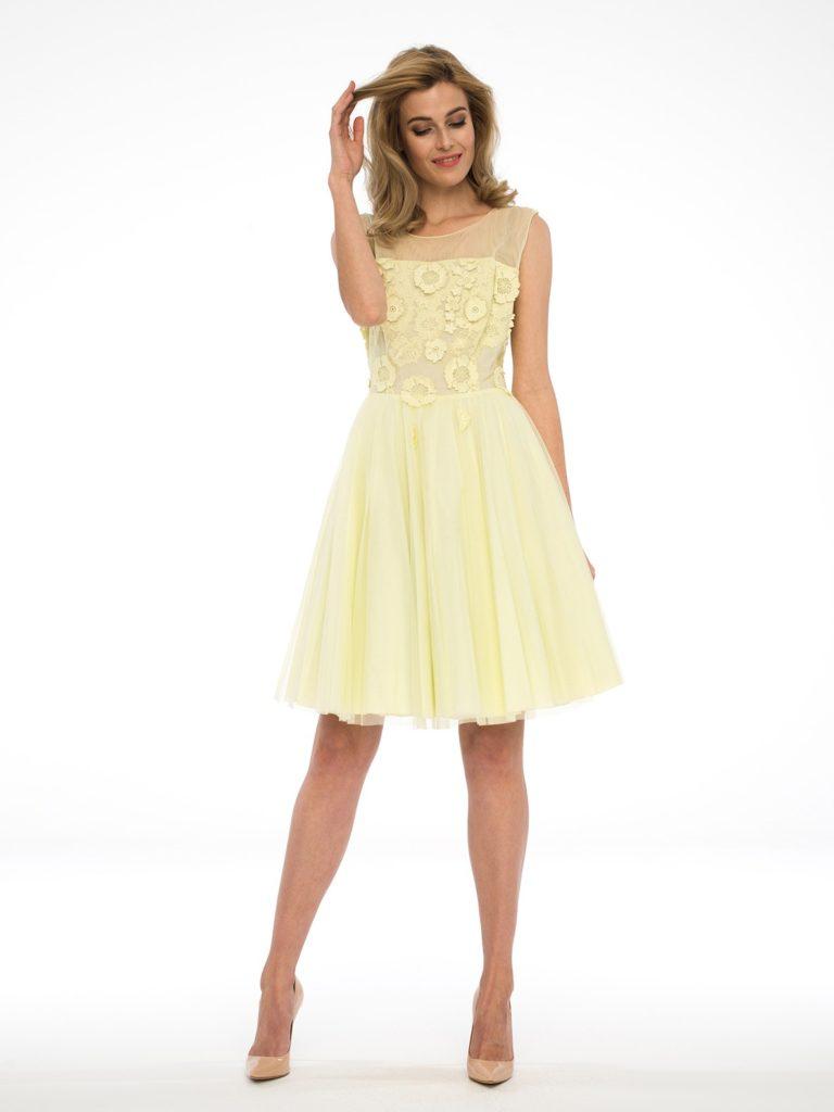 rozkloszowana sukienka MIU Potis&Verso - pastelowożółta sukienka bezrękawów, idealna narózne okazje.