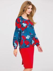 Niebieska bluzka MOONY odmarki L'AF zczerwonymi, białymi, niebieskimi elementami kwiatowymi